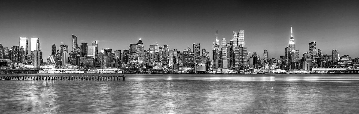 New York - Black & White  by Assaf Frank