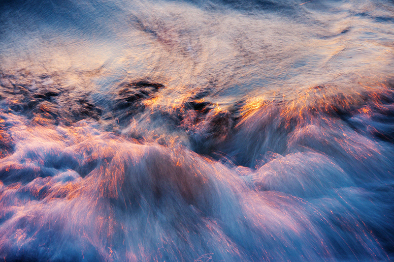 Wave 6 by Jacquelyn Sloane Siklos