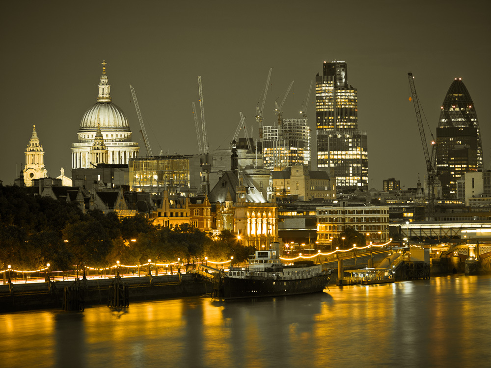 Soft skies over London  by Assaf Frank