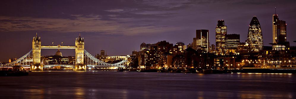 London bridge by night   by Assaf Frank
