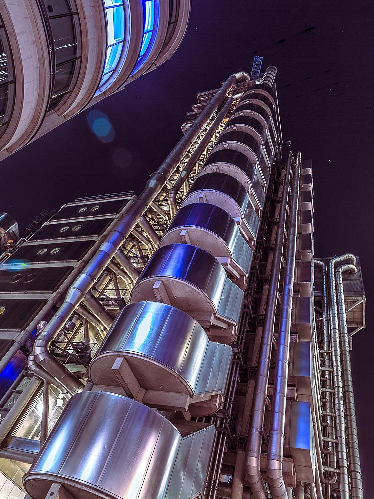 Modern London  by Assaf Frank