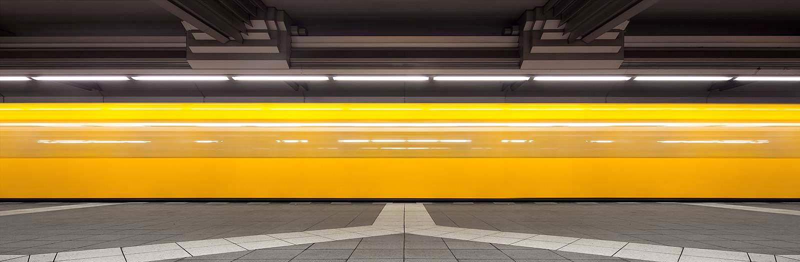 Non-stop I by Markus Studtmann