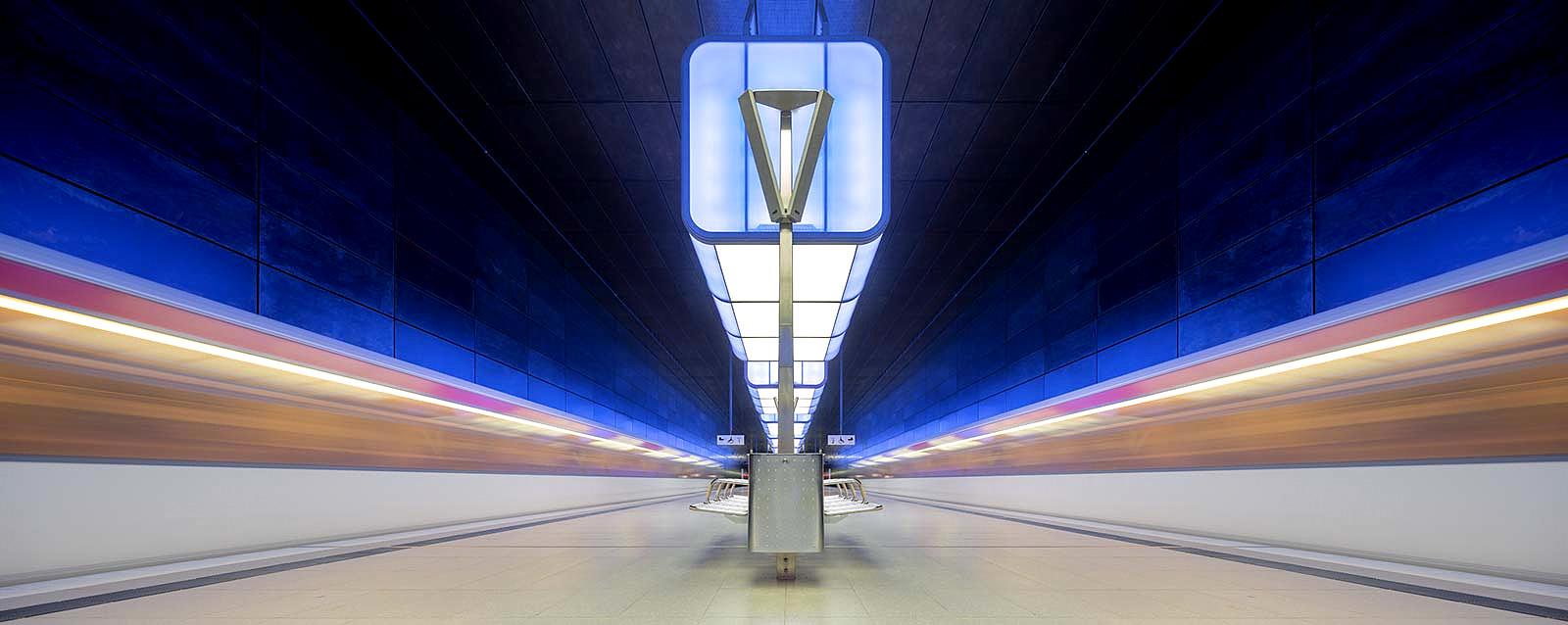 Underground 8  by Markus Studtmann