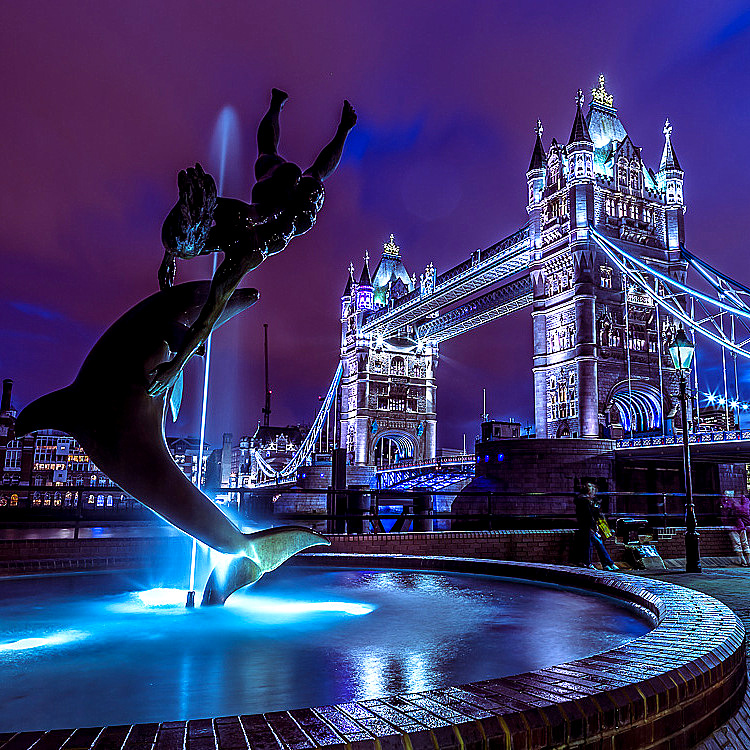 Fountain lights by Tower Bridge  by Assaf Frank