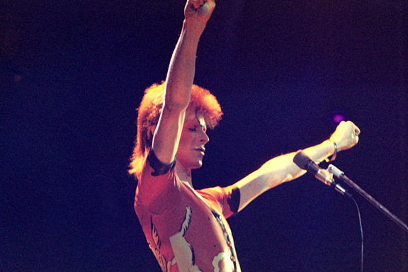 David Bowie 4 by Barry Plummer