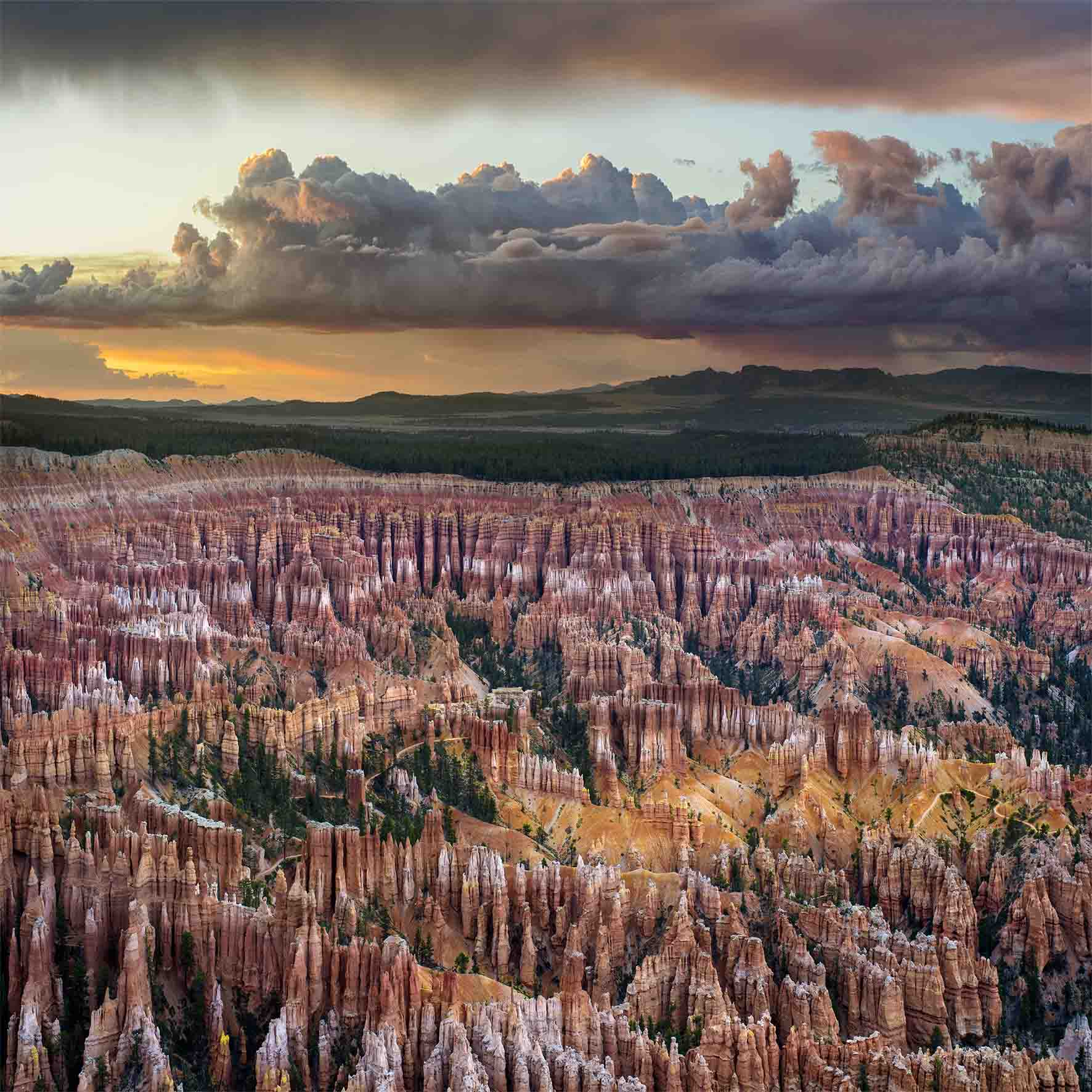 Hoodoos at Sunset, Bryce Canyon National Park by Ignacio Palacios