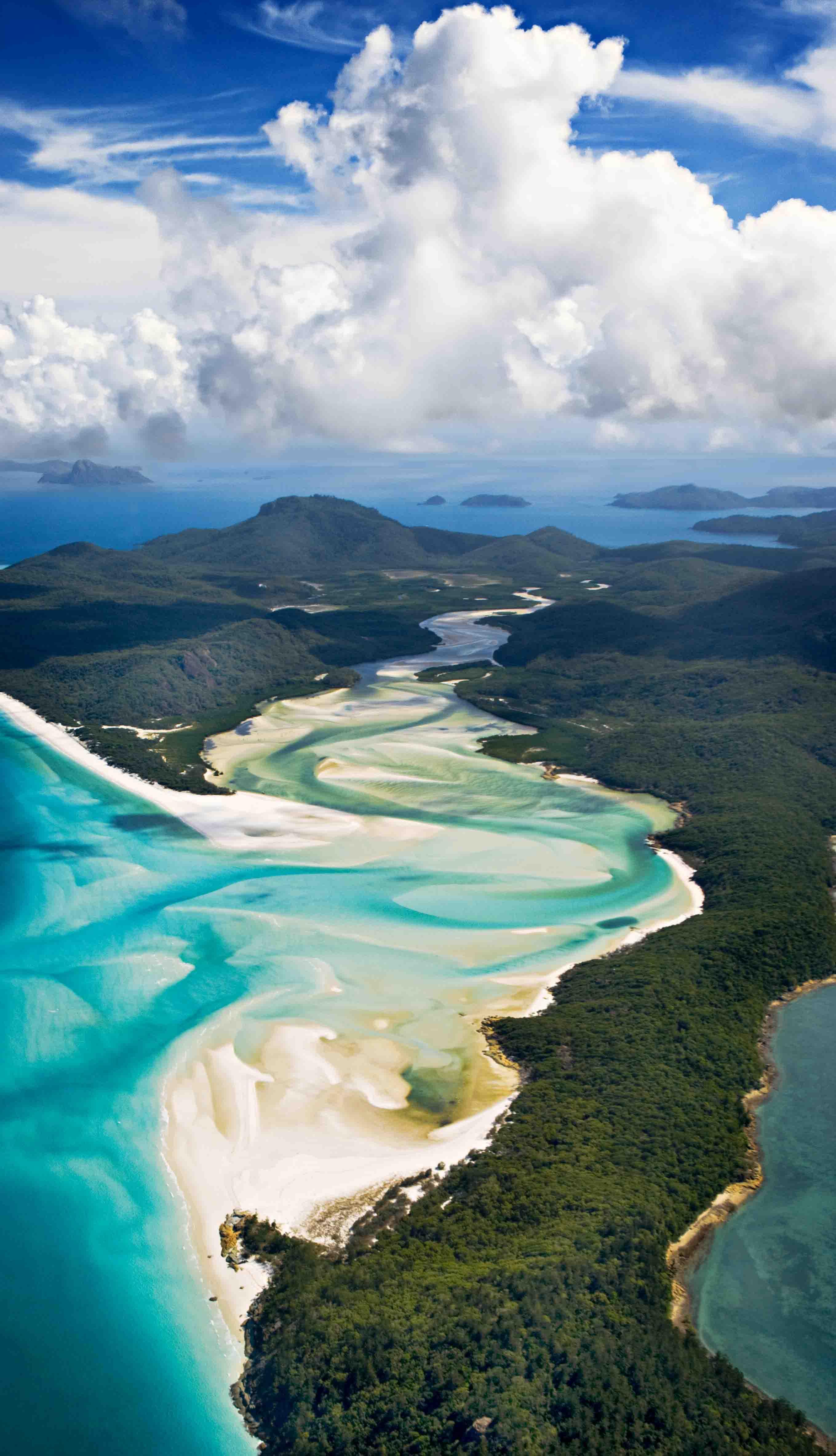 Whitehaven beach, Queesland, Australia by Ignacio Palacios