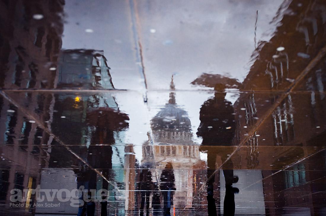 St Pauls in the rain by Alex Saberi
