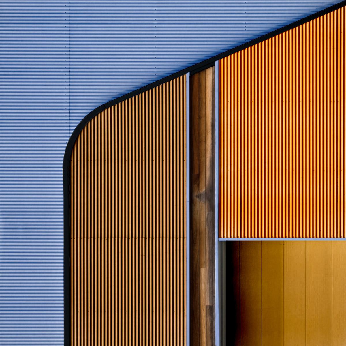 Steel & Wood by Harry Verschelden