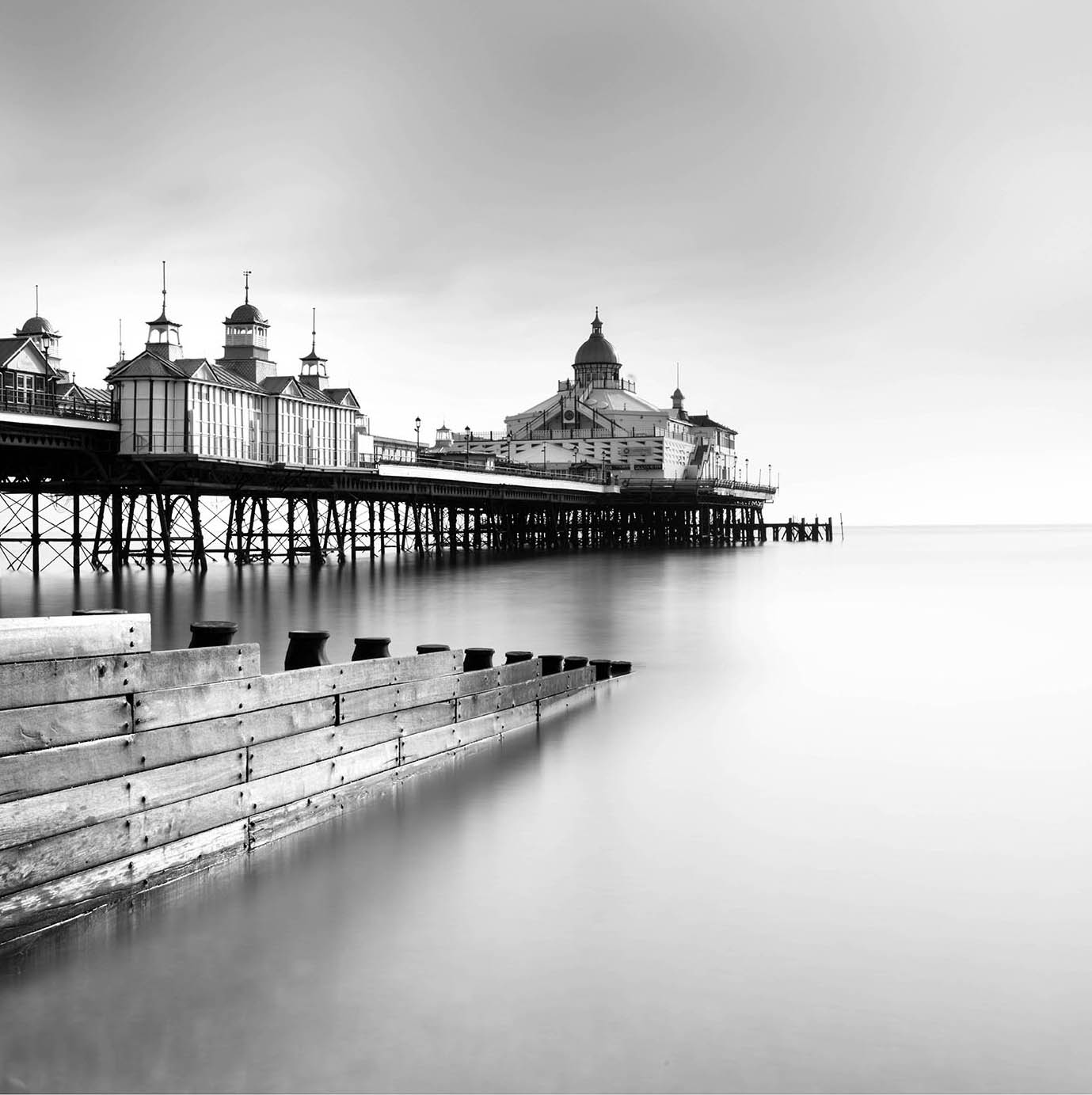 Brighton Pier I - Black & White by Lee Frost